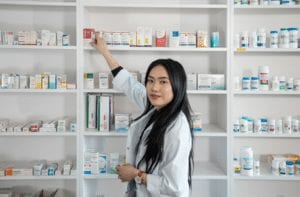 Start you career as a Pharmacy Technician with Stenberg College. Work on Retail or Hospitals.